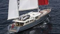 Hortense superyacht under sail